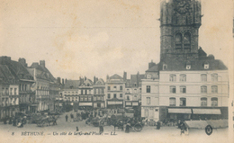 62) BETHUNE : Un Coté De La Grand' Place - Bethune