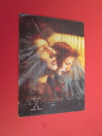 151-175 : TRADING CARD TOPPS SERIE TELE X-FILES MULDER SCULLY : N°29 QUAND VIENT LA NUIT - X-Files