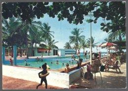 CP édit.: Gratry-Cote D'Ivoire, ABIDJAN , Piscine Les Tourelles. Circulé Timbres Décollés - Côte-d'Ivoire