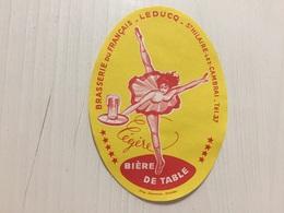 Ancienne Étiquette 1 BIÈRE TABLE PETITE  BRASSERIE DU FRANÇAIS BRASSERIE LEDUCQ ST HILAIRE LEZ CAMBRAI NORD - Bier