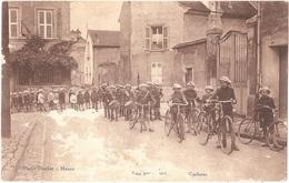 Dépt 77 - MEAUX - Les Intrépides - Les Cyclistes - Photo Blochet - Meaux - (vendue En L'état, Voir Description) - Meaux