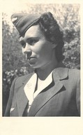 Very Rare Black + White Photo Postcard Of A Female German Army Auxiliary 1940s Wehrmacht WW2 Military - Guerra 1939-45