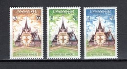 KHMERE N° 329 à 331  NEUFS SANS CHARNIERE COTE 2.20€  MONUMENT CONSTITUTION - Kampuchea