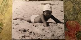 Soviet Beach - Petit Garçon Nu - Young Semi Naked Boy - Vintage Photography 1980s Old USSR Photo - Photographs