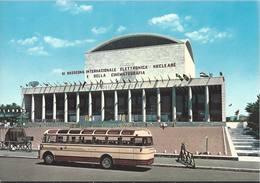 Roma - E.U.R. - Il Palazzo Dei Congressi - Autobus D'Epoca - H4951 - Mostre, Esposizioni