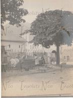 Photographie Ancienne 1902 Lavandières Sur La Place De Martigny  Suisse - Lieux