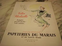 ANCIENNE PUBLICITE PAPIER VELIN MEDAILLE PAPETERIES DU MARAIS PARIS 1952 - Affiches