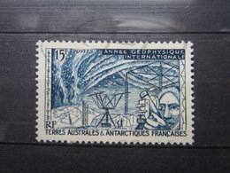 VEND BEAU TIMBRE DES T.A.A.F. N° 10 , XX !!! (b) - Unused Stamps