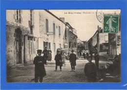 53 MAYENNE - LA BIGOTTIERE Le Bourg - France