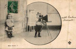 BEBE ARTISTE LE PHOTOGRAPHE - Bébés