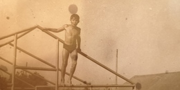 Soviet Beach - Petit Garçon Nu - Little  Boy - Vintage Photography Circa 1950s Old USSR Photo - Non Classés