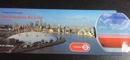 "Dépliant ""Transport For London - Mayor For London - In Flight Guide (Emirates Air Line)"" : 2 Fois 31x11 Cm Dans Fourreau - Advertising"