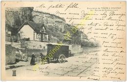 37. Excursion De TOURS à VOUVRAY . Route De ROCHECORBON .  CPA Animée . - Rochecorbon