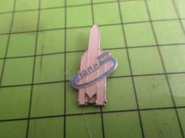 1218c Pins Pin's / Rare & Belle Qualité THEME ESPACE / FUSEE ARIANE 5 - Espace