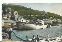 Algerie Bougie Le Port Et La Ville Bateaux - Algérie