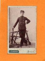 CDV - 15 - PLEAUX - L. LAVIALE - MILITAIRE EN TENUE - Guerre, Militaire