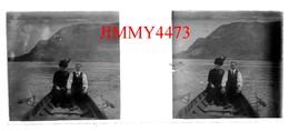 Plaque Photo De Verre Stéréo - En 1912 Un Couple Dans Une Barque Sur Le Lac D' ANNECY 74 Haute Savoie - Négatif-Positif - Plaques De Verre
