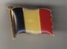 Belgique . Pin's  Drapeau Belge - Pin's