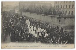CPA 69 Rhône Lyon Catastrophe De La Rue Bugeaud (2 Mars 1906) Enterrement Des Victimes Cortège Funèbre - Lyon