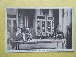 EPERNAY. Le Musée. La Salle De La Verrerie Et De La Tonnellerie. - Epernay