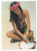 Carte Postale Préparation Du Lait De Coco - Polinesia Francese
