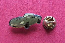 Pin's,Voiture,Cabriolet,JAGUAR E, Oldtimer - Jaguar
