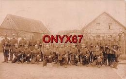 Carte Postale Photo Militaire Allemand ALZEY (Deutschland-Rhénanie-Palatinat) Soldaten-Regiment Ersatz 87 Fusil - Alzey