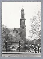 NL.- AMSTERDAM. De Westerkerk. Brug. Gracht. Old Cars. - Kerken En Kathedralen