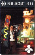 FINLAND - Man With Cardphone, Turun Puhelin Telecard, Tirage 11500, Exp.date 12/95, Used - Finlande