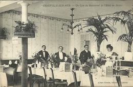 TROUVILLE  -- Un Coin Du Restaurant Et L'hôtel Du Helder                    -- Albert Grente - Trouville
