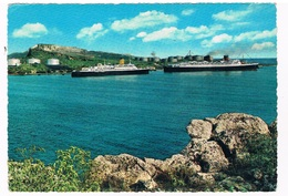 SCH-841  CURACAO With Two Cruise Ships - Paquebots