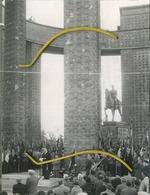 Nieuwpoort : Cérémonie Patriotique Monument Roi Albert  Guerre 14-18  (voir Scan Pour Detail ) 6/8/1956 ( 10 X 13 Cm ) - Lieux
