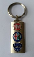Porte-clefs - Automobiles - FIAT - LANCIA - ALFA ROMEO - Garage ASTRADA - 13100 AIX EN PROVENCE - En Métal - Superbe - - Llaveros