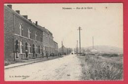 Nismes - Rue De La Gare ... Quartier - 1924 ( Voir Verso ) - Viroinval