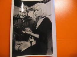 Photo O.R.T.F. - MARILYN MONROE - CLARK GABLE : LES DESAXES - Format : 18 X 13 Cm - Célébrités
