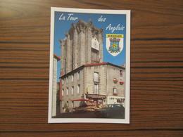 Saugues    ( Haute Loire )   La Tour Des Anglais       Vieille Voiture    Magasin Alimentation - Saugues