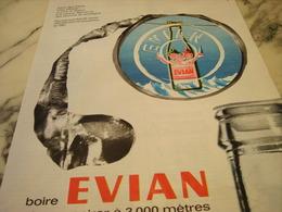ANCIENNE PUBLICITE BOIRE EVIAN  C EST RESPIRER A 3000 METRES 1962 - Affiches