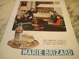 ANCIENNE PUBLICITE TRADITION FRANCAISE  MARIE BRIZARD A L EAU  1951 - Alcools
