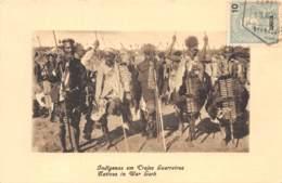 Mozambique - Ethnic / 12 - Indigenas Em Trajes Guerreiros - Mozambique