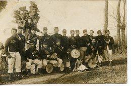 """240. CPA PHOTO GROUPE DE MILITAIRES FANFARE """"LES 265 DES SOIFFARDS"""" - Guerre 1914-18"""