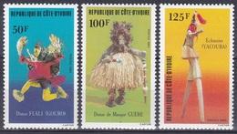 Elfenbeinküste Ivory Coast Cote D'Ivoire 1983 Kultur Culture Folklore Tänze Tanz Dancing Trachten Costumes, Mi. 795-7 ** - Côte D'Ivoire (1960-...)