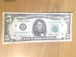 1 Billet De Cinq  Dollar   LINCOLN Series 1985 - Billets De La Federal Reserve (1928-...)