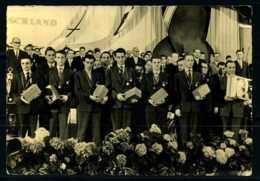 K03393)Ansichtskarte DDR-Friedensfahrtmannschaft 1960 - Radsport