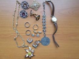 Lot De Bijoux (bagues,bouton De Manchette,broche,boucles D'oreilles Etc....) - Bijoux & Horlogerie