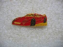 Pin's Automobile FERRARI  Modele F40 - Ferrari