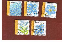 FINLANDIA (FINLAND) -  SG   1652.1656  -    2002  FLOWERS: MYOSOTIS  SCORPIOIDES  (COMPLET SET OF 5)   -       USED ° - Usados