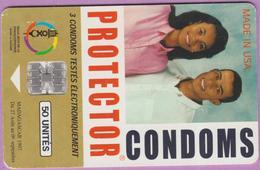 Télécarte Madagascar °° Somarc - Condoms - 50 Unités- Logo Sur Puce - Sc7- 9330 - RV. - Madagascar
