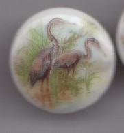 Pin's A.M. En Porcelaine De Limoges Oiseaux Hérons  Réf 8148 - Animales
