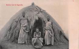 Ouganda - Ethnic / 02 - Native Hut - Ouganda