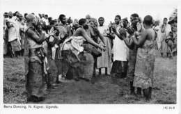 Ouganda - Ethnic / 06 - Bairu Dancing - Uganda